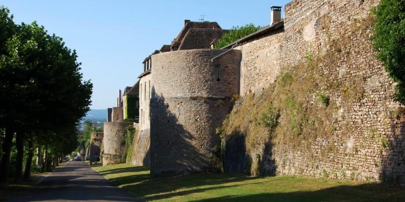 Les remparts d'Autun
